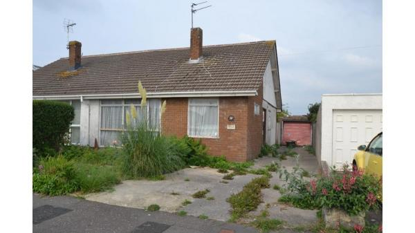 <strong>LOT 22: </strong>Auction 375, LOT 22 4 Cheltenham Road, Porthcawl, CF36 3PT