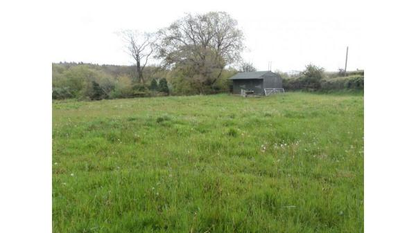 <strong>LOT 13: </strong>River Side Stables,Penybryn, Pyle, Bridgend, CF33 6RB
