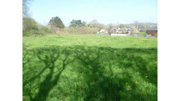 <strong>LOT 4: </strong>Approximately 1.29 acres of land part of Tydu Farm, Llanharry, Pontyclun, CF72 9GA