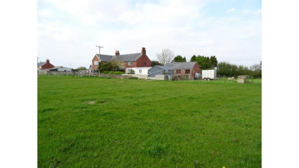 <strong>LOT 4: </strong>LOT 4, 18 New Barn Holdings, St Athan, Vale of Glamorgan, CF62 4QL